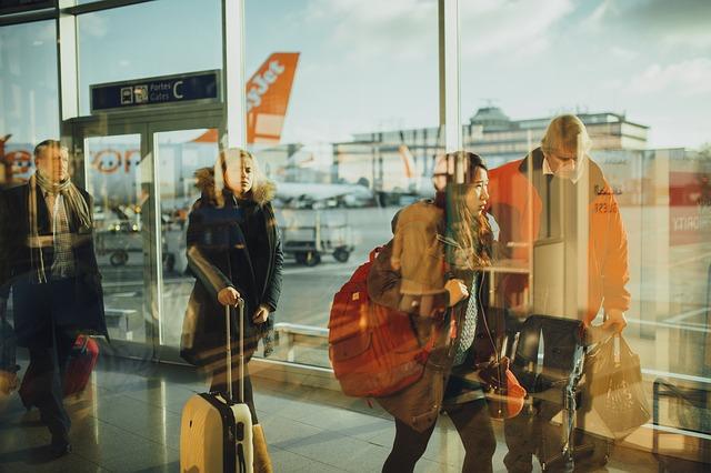 フランス発の格安航空券。ヨーロッパ各都市へ移動する際の注意点