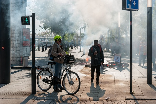 デモがフランス全土に拡大