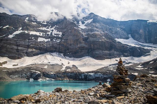 シャモニー、ピレーネ、ティーニュ…フランスの名だたる氷河が消滅しそう