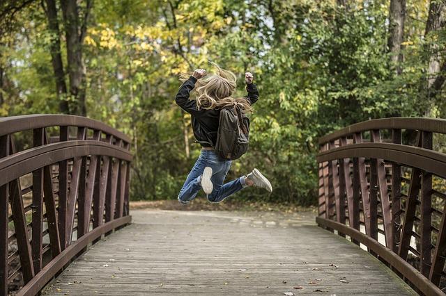 【パリ市が応援】通学定期券が全額払い戻し or 50%引き!
