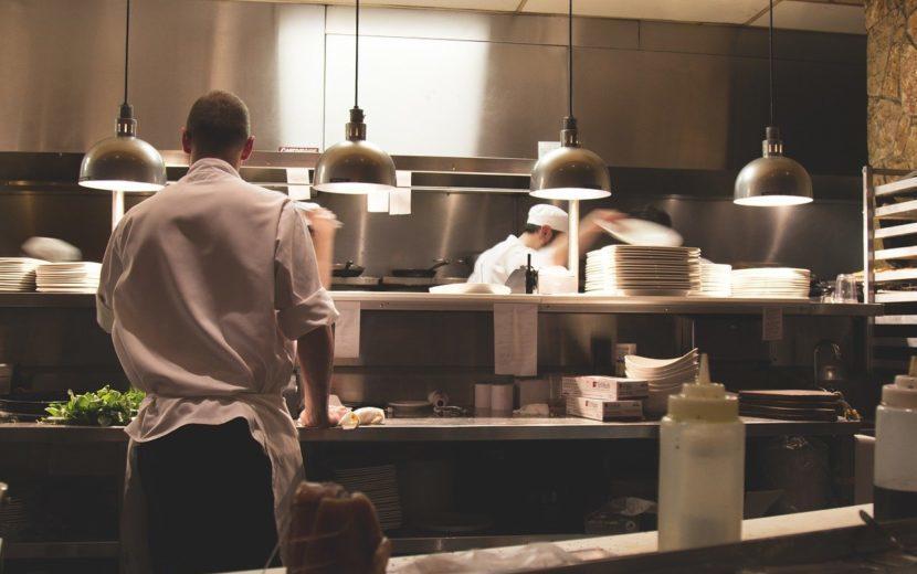 フランス版「ゴーストキッチン」今話題のダークキッチンって何?